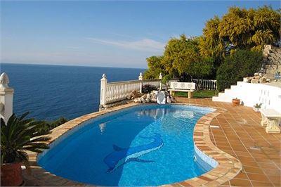 Villa à vendre à Costa Tropical, Grenade avec Piscine Chauffée Privée