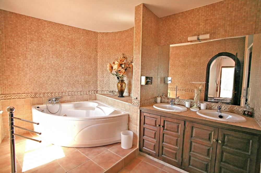jacuzzi tub bathroom designs also small bathroom with jacuzzi tub on
