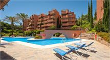 Apartment in La Mairena - Elviria Alta