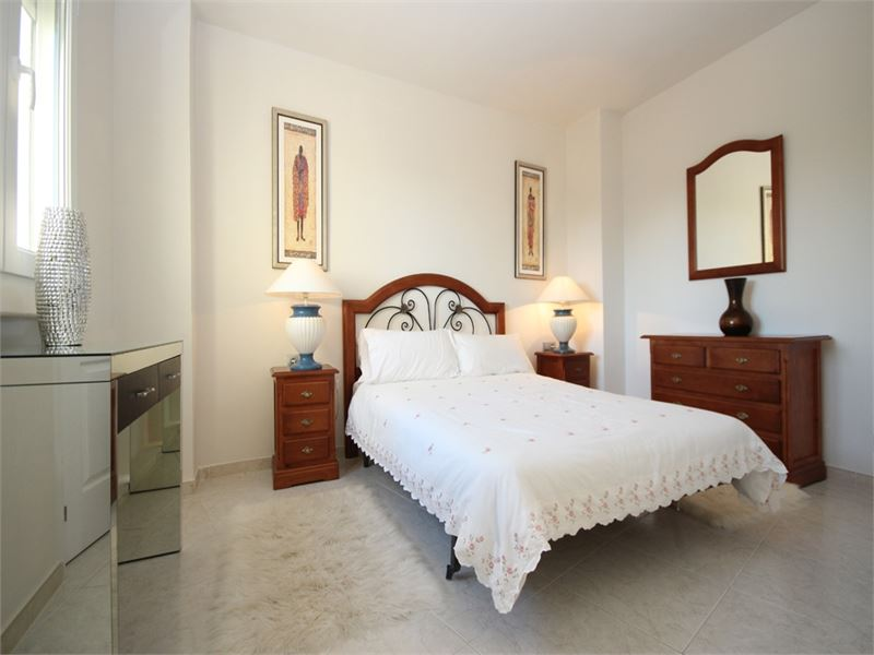 Renovated apartment in Cabopino Port