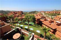 Penthouse in La Reserva de Marbella - Marbella