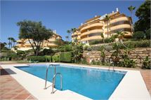 Apartment in Elviria - Marbella