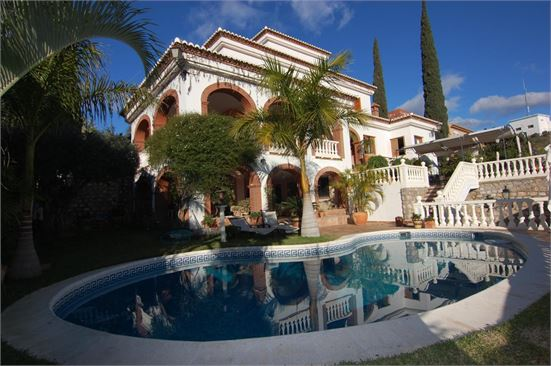 Villa for sale in Costa Tropical