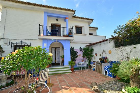 House for sale in Costa Tropical