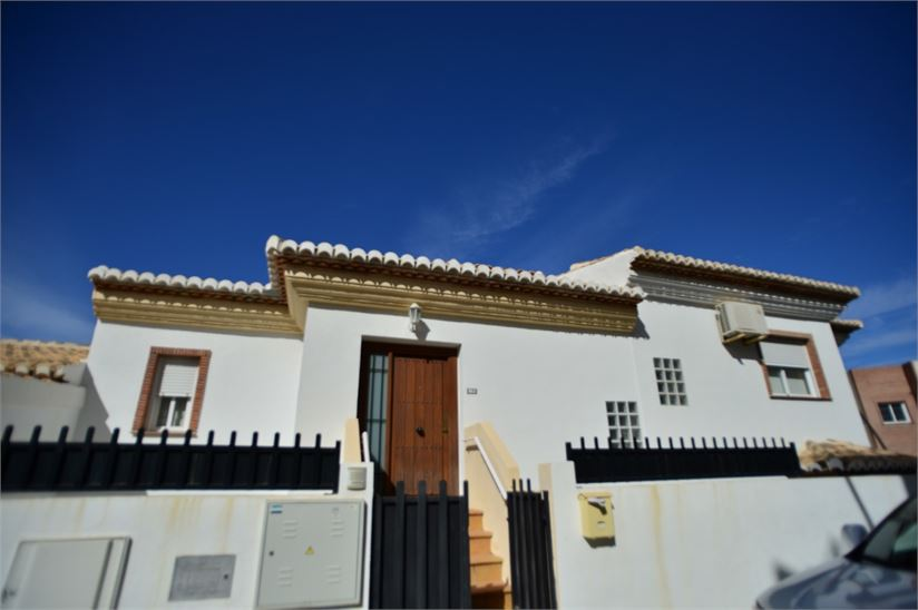 Town house for sale in La Herradura