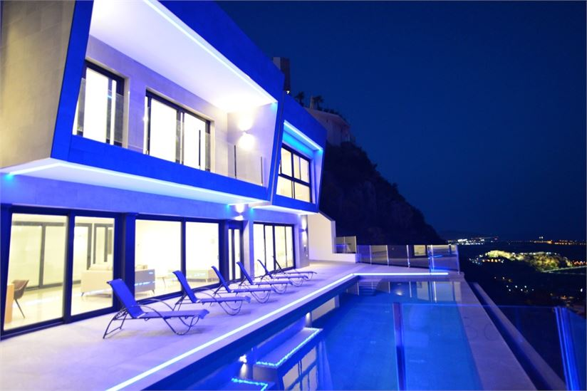 The villa at night is amazing!