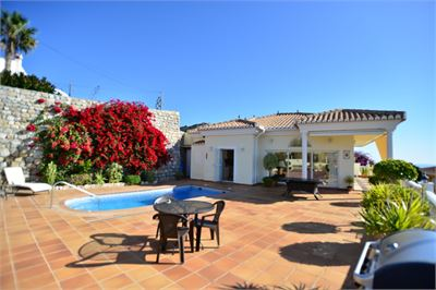 Villa for sale in Almunecar, Andalucia with Private Pool