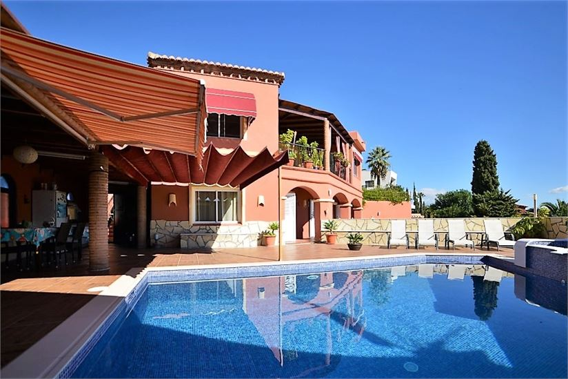Amazing villa on the Costa Tropical of Granada