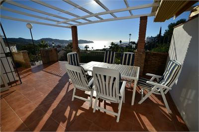 Semi-detached House for sale in La Herradura, Spain with Community Pool