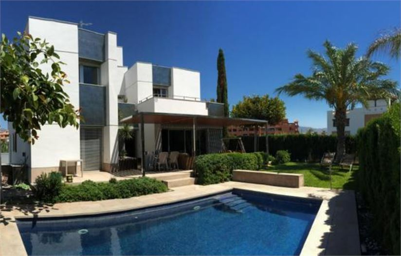 Designer villa with pool in Playa Granada, Motril