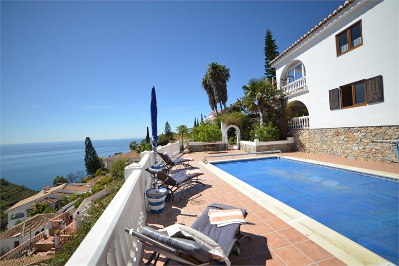 villa in almunecar with wonderful sea views