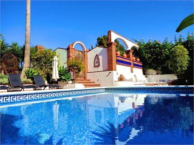 Villa for sale in Costa Tropical, Granada with Heated Pool