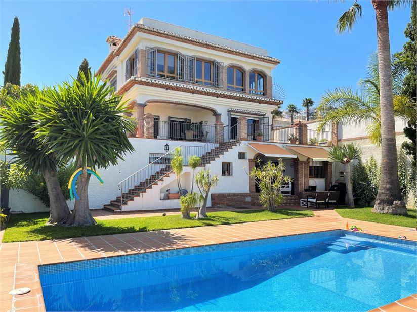 Great Andalusian villa in Monte de los Almendros