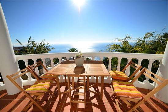 Large sunny terrace with great sea view