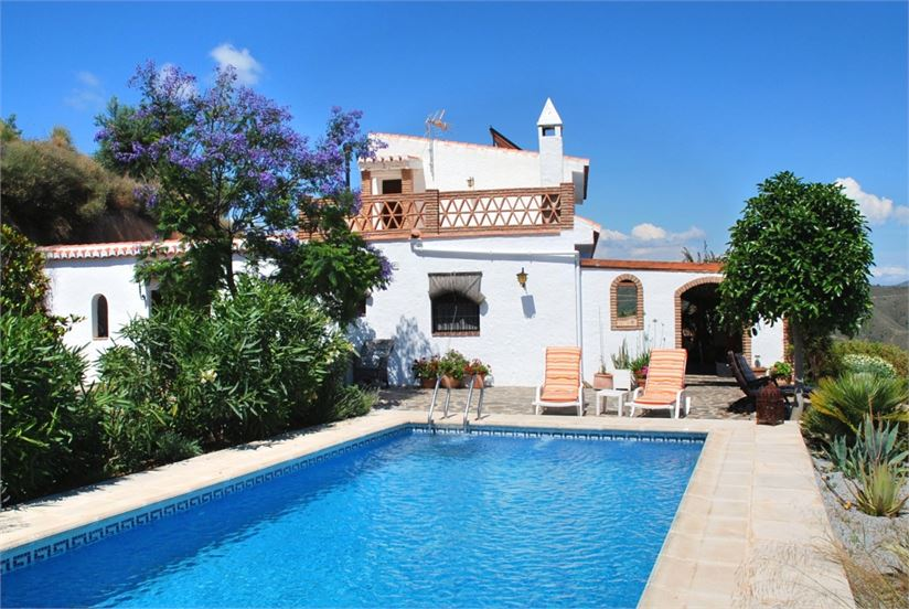 Amazing country house in La Herradura