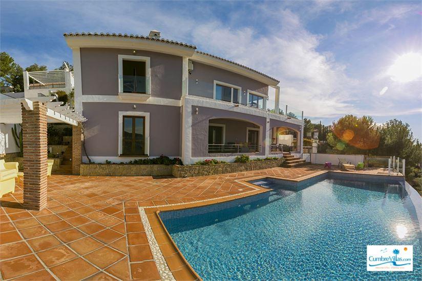 Amazing villa in La Herradura