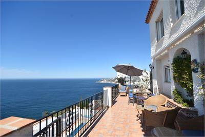 Villa à vendre à Salobrena, Andalousie avec Piscine Chauffée