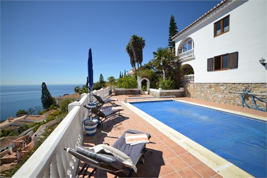 Villa in Almunecar with wonderful sea views