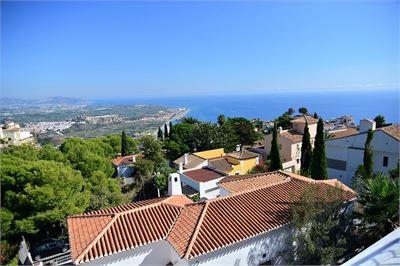 Villa à vendre à Salobrena, Andalousie avec Espace pour la  Piscine
