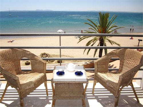 Alquiler de vacaciones: Piso en Roses, Girona, España > Apartamento a primera línea de mar en Roses