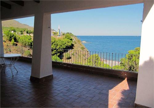 For Sale: House in Colera, Gerona, Spain > House with wonderful seaviews!